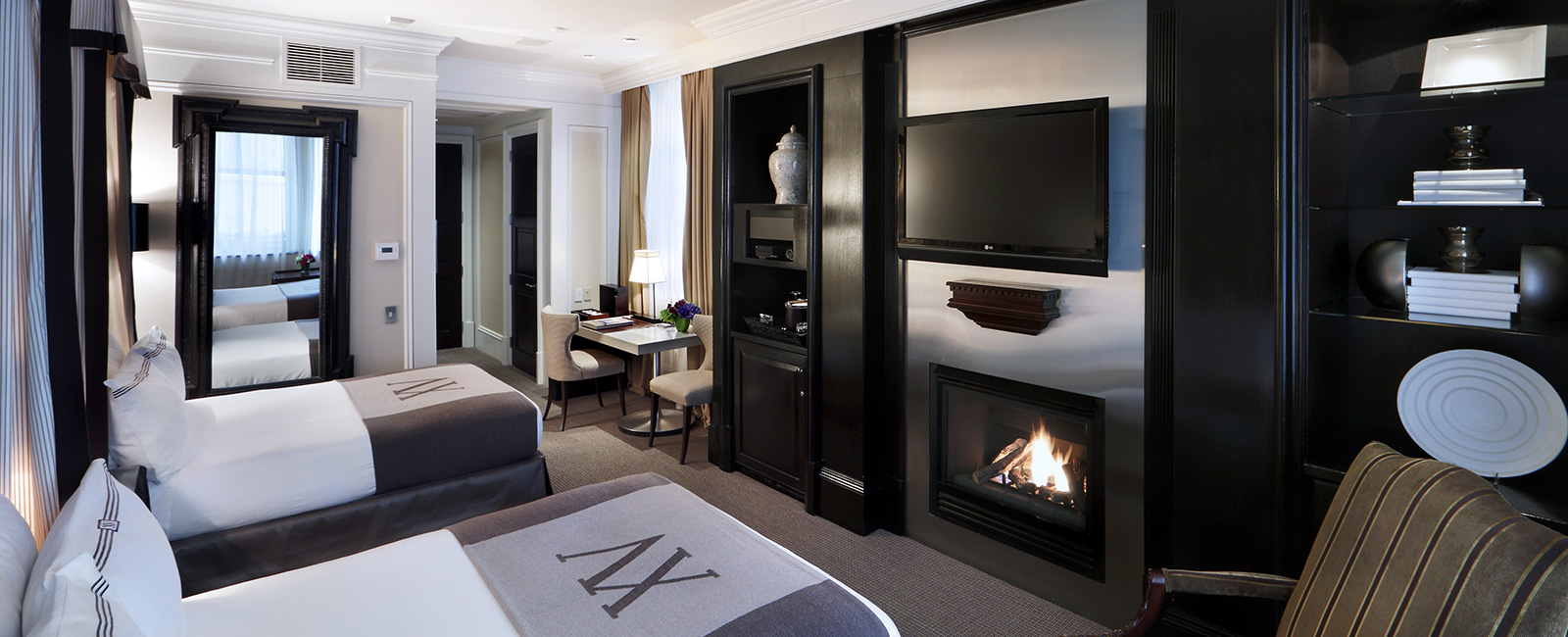 Double Contemporary Classic Room - 395 square feet. Fireplace and 42