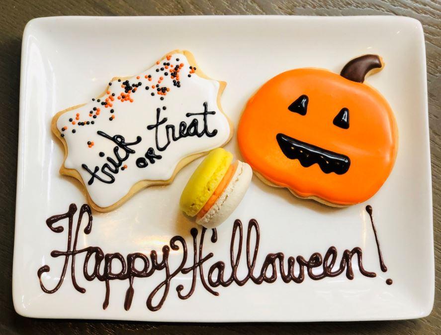 halloween amenity cookies with orange pumpkin